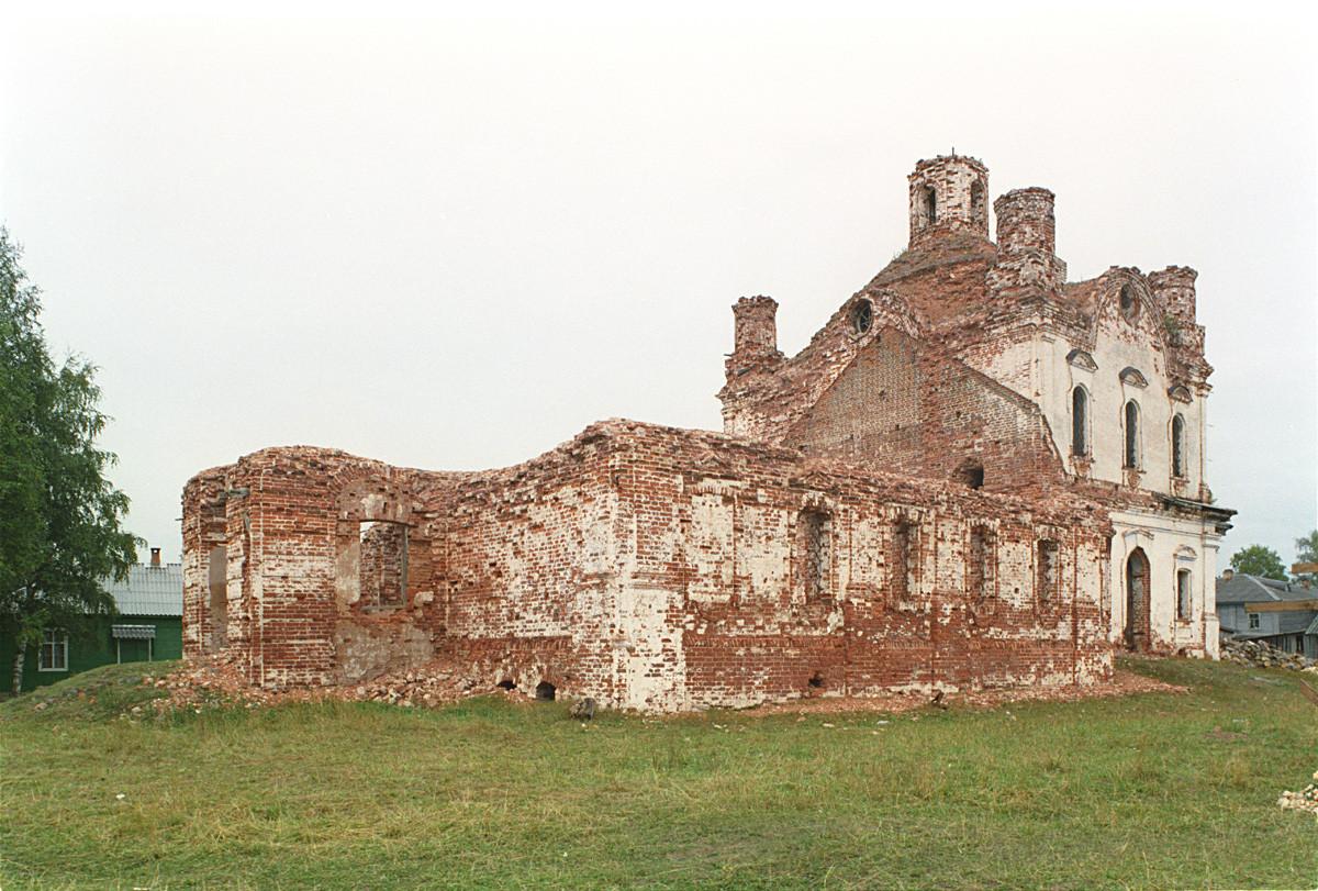 Anjímovo. Iglesia del Icono de la Imagen del Salvador Milagroso, vista del suroeste. 28 de agosto de 2006.