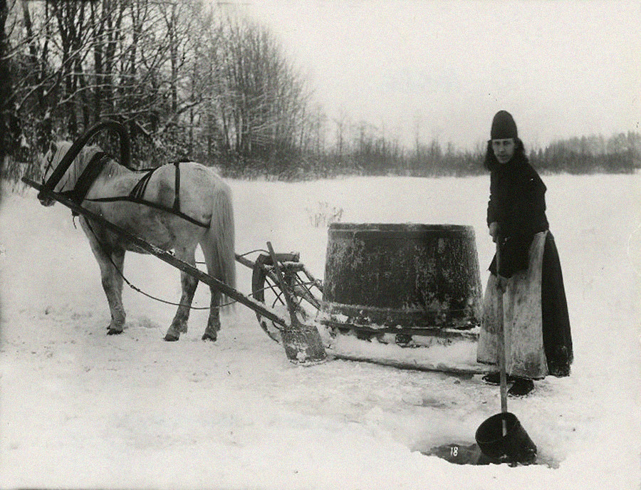 Water-carrying monk, 1900s