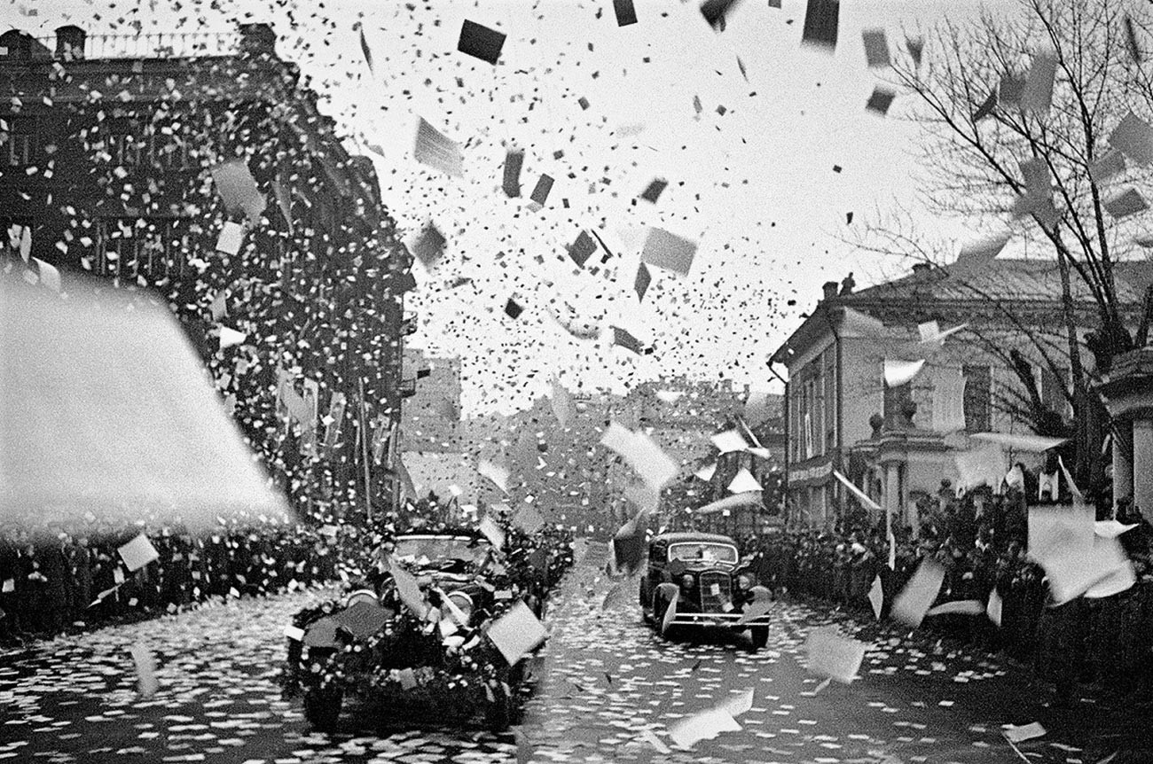 Il ritorno trionfante a Mosca della prima spedizione artica