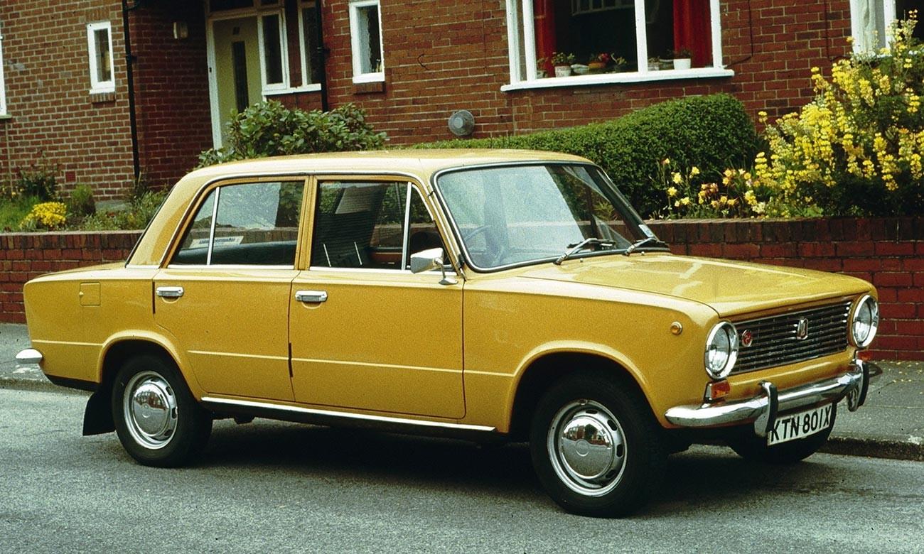 Sedan Lada yang baru di Cambridge, Inggris, ketika pertama kali keluar pada 1981.