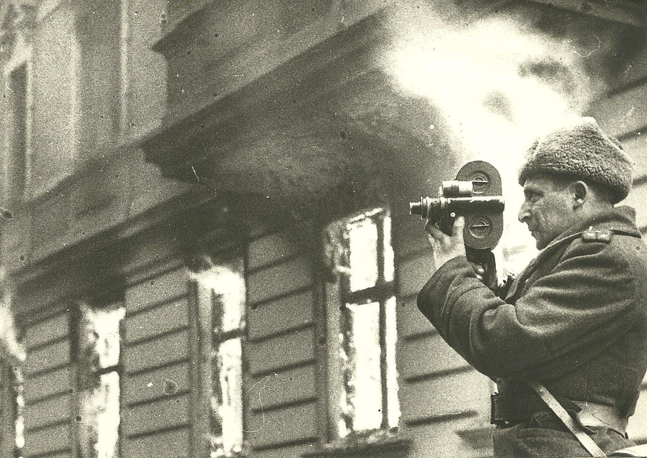 Iliá Arons en Berlín, mayo de 1945