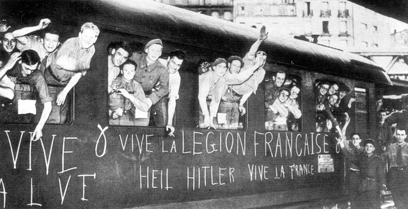 Mitglieder der Französischen Freiwilligenlegion gegen den Bolschewismus am Bahnhof