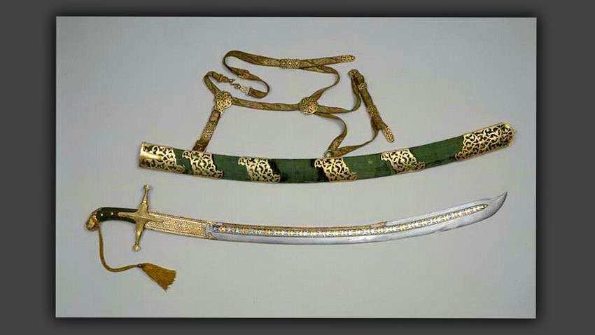 Sable en vaina con cinturón, 1618