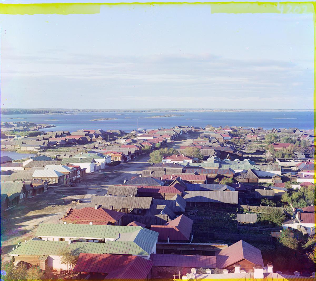Kasli. Vista norte con el gran lago Kasli. Verano de 1909. Serguéi Prokudin-Gorski