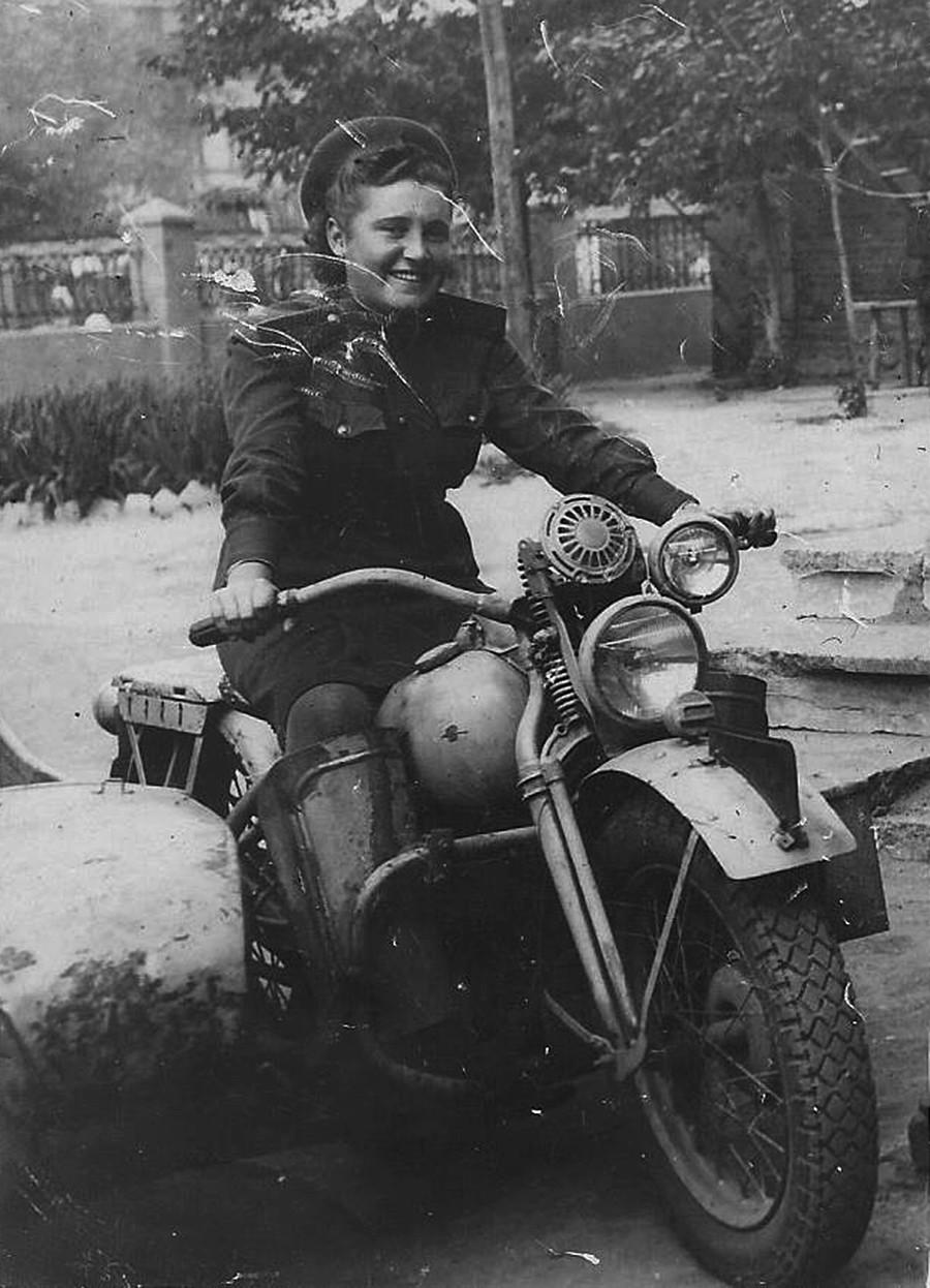 My grandmother Alexandra Gerasimovna Ilinykh (Salnik)