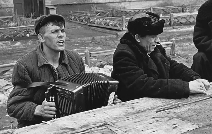 Un jour de repos dans les années 60 en URSS
