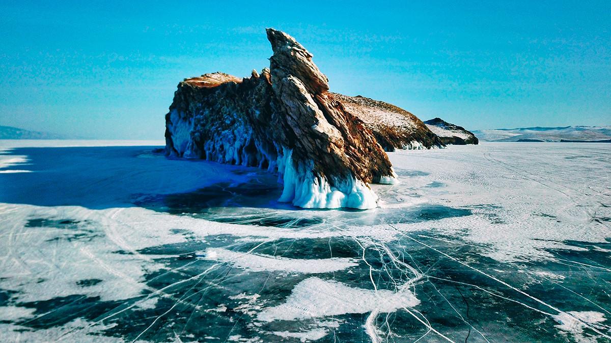 Zimske dekoracije na Bajkalu