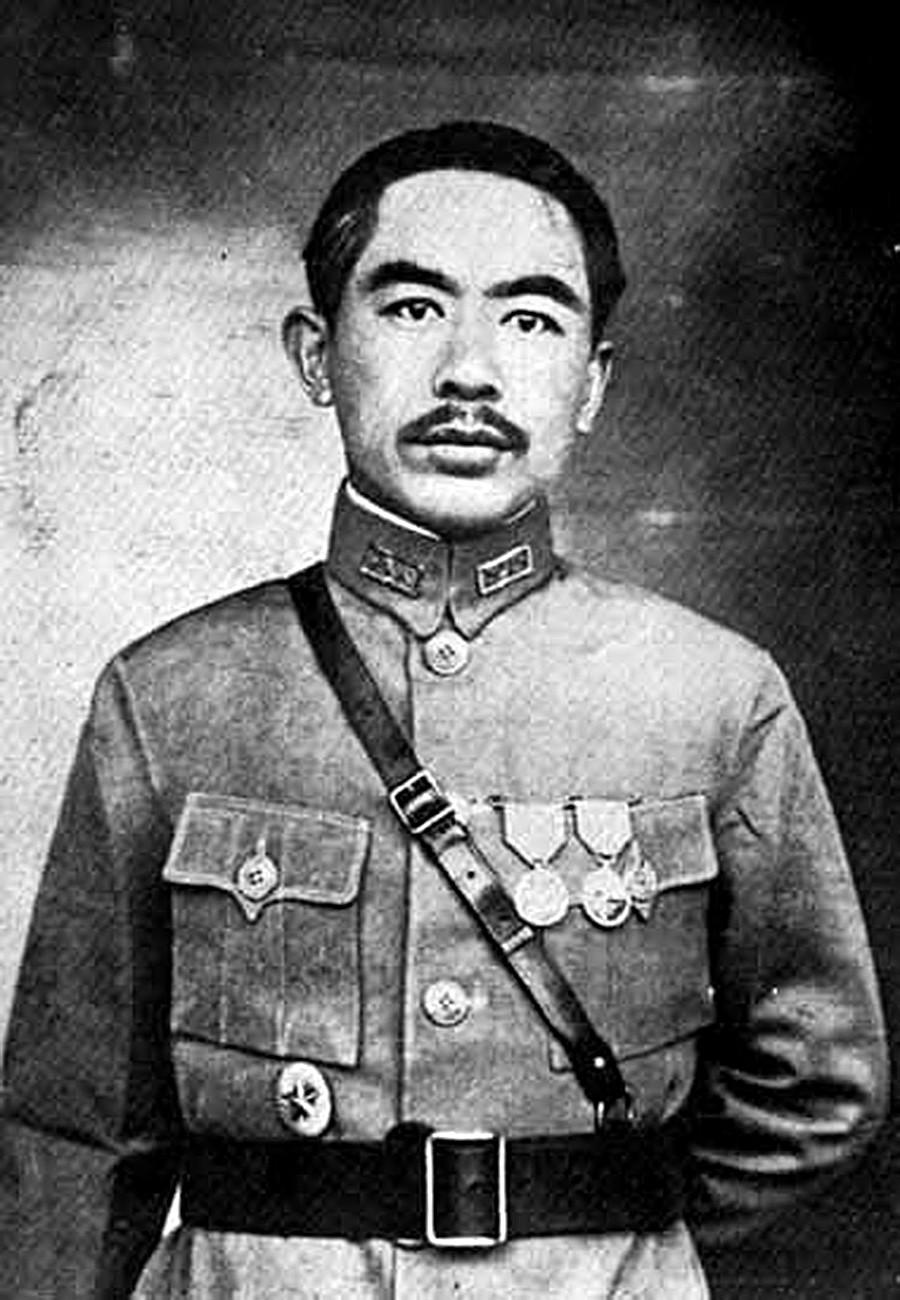 Sheng Shicai.
