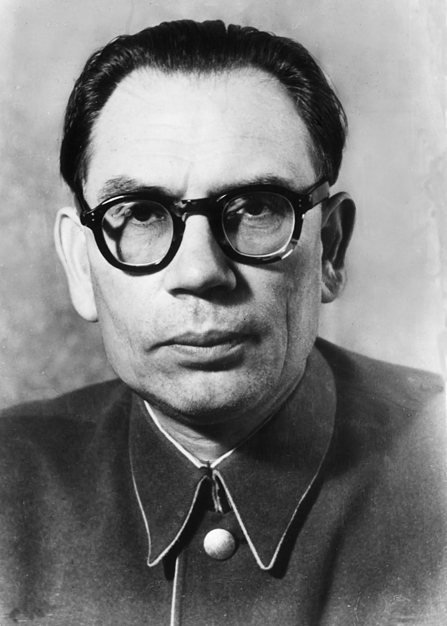 Andrêi Vlássov, cujo nome tornou-se símbolo de colaboracionismo.