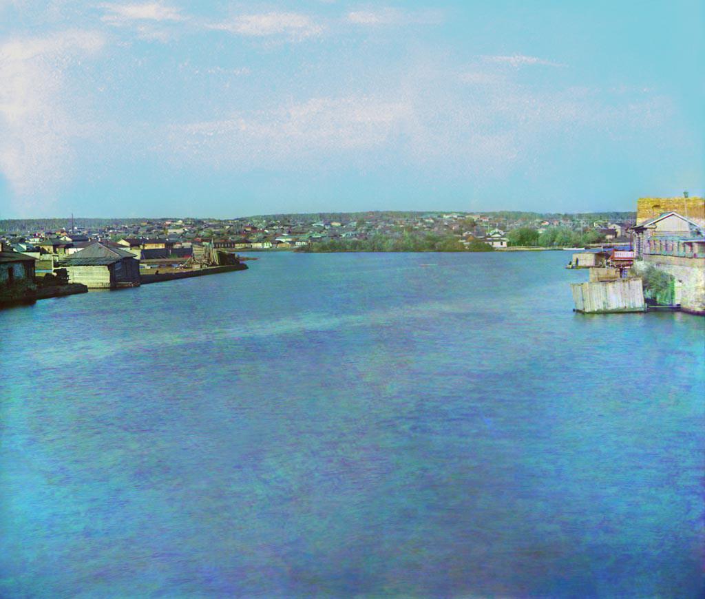 Vue de Tcheliabinsk sur la rivière Miass depuis le pont de la rue Oufa (aujourd'hui rue Kirov).