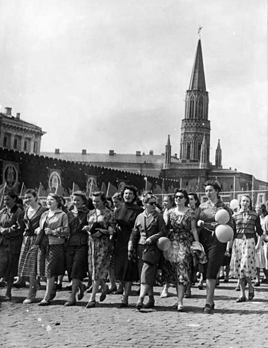 Eine Demonstration am 1. Mai auf dem Roten Platz