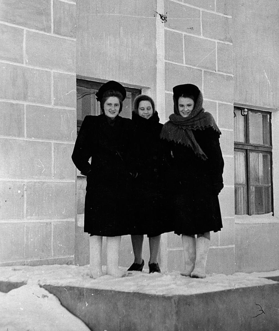 """""""Moda invernal de los años 50"""