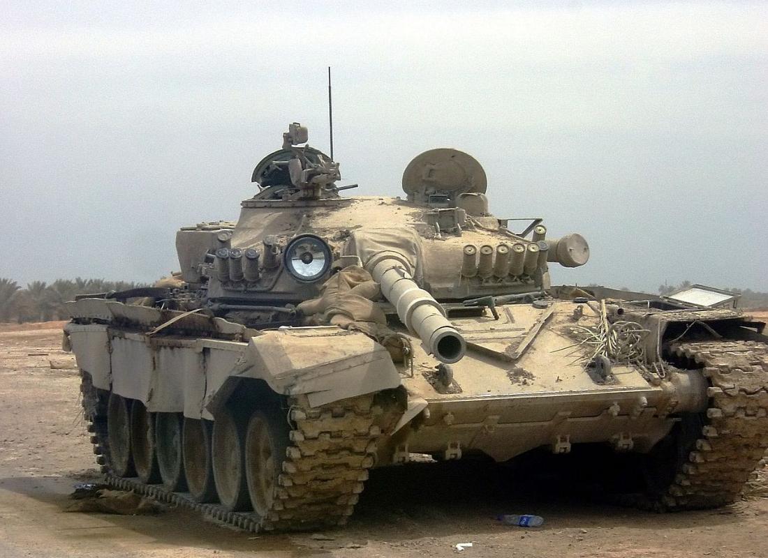 Iraški T-72, znan tudi kot Babilonski lev (Asad Babil)