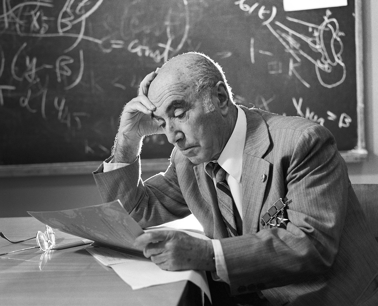 Físico soviético Iákov Zeldóvitch (1914-1987)Anatoli Morkovkin