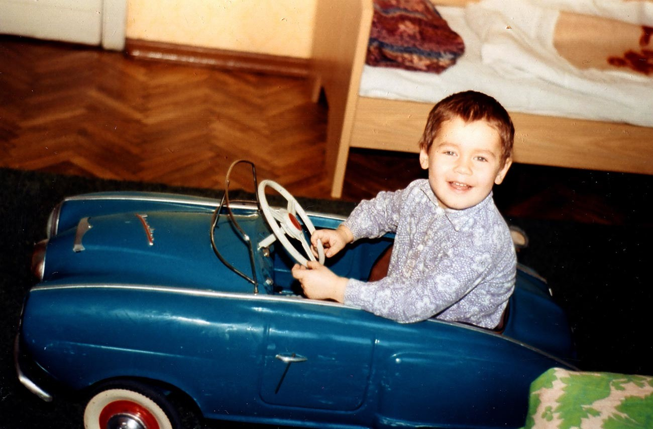 Sa première auto, 1974