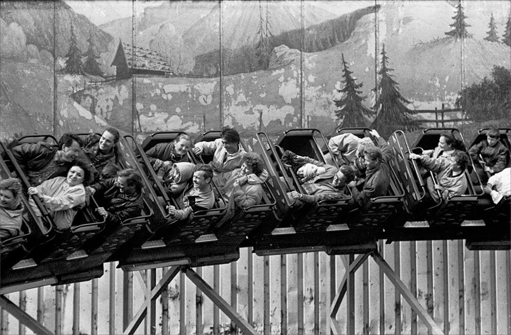 ゴーリキー公園のジェットコースター、1984年