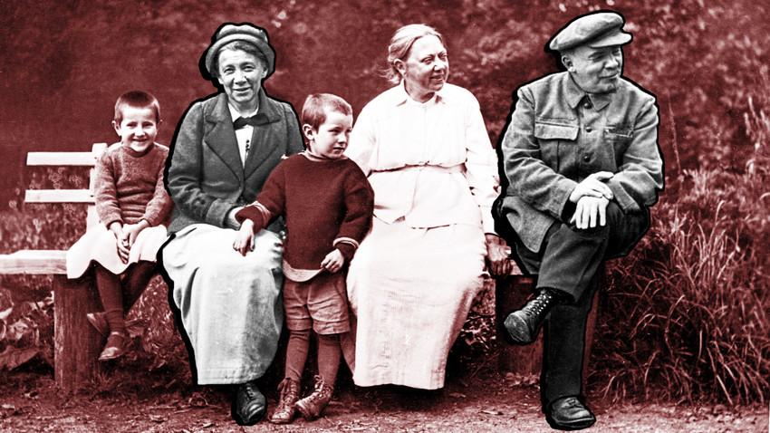 L-r: Anna Uljanowa, Nadeschda Krupskaja, Wladimir Lenin