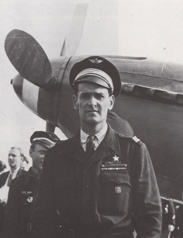 Marcel Albert, Héros de l'Union soviétique, au Bourget, le 20 juin 1945