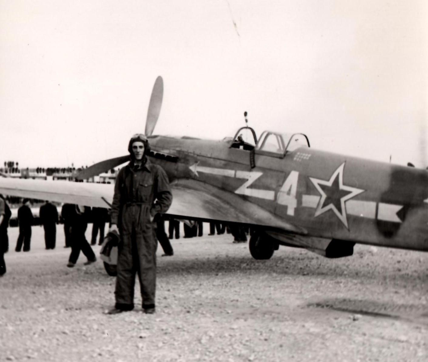 Robert Marcli au Bourget, le 20 juin 1945