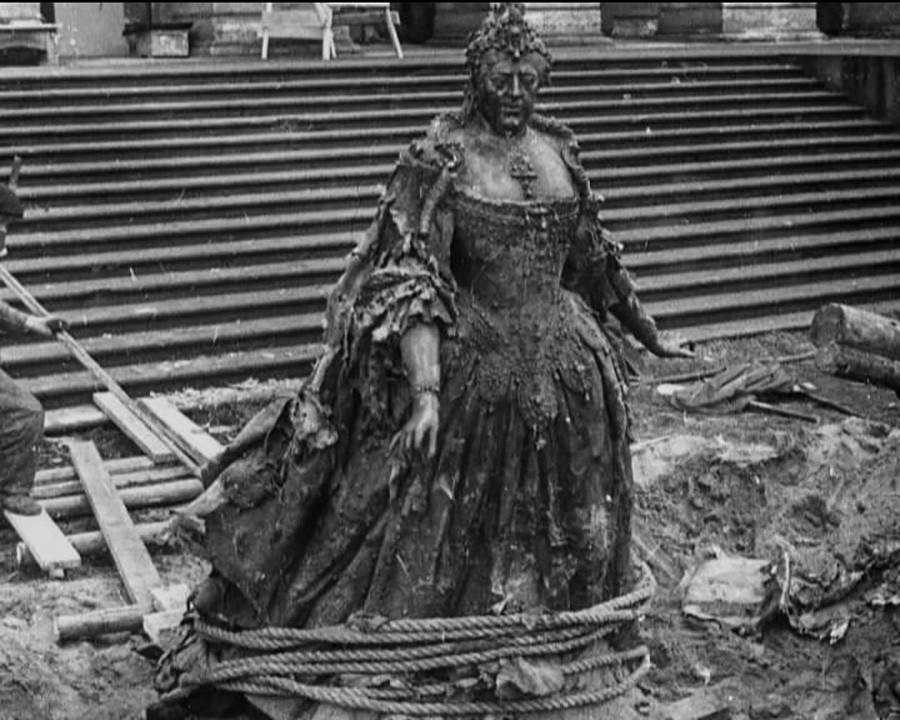 Carlo Rastrelli's statue of Anna Ioannovna