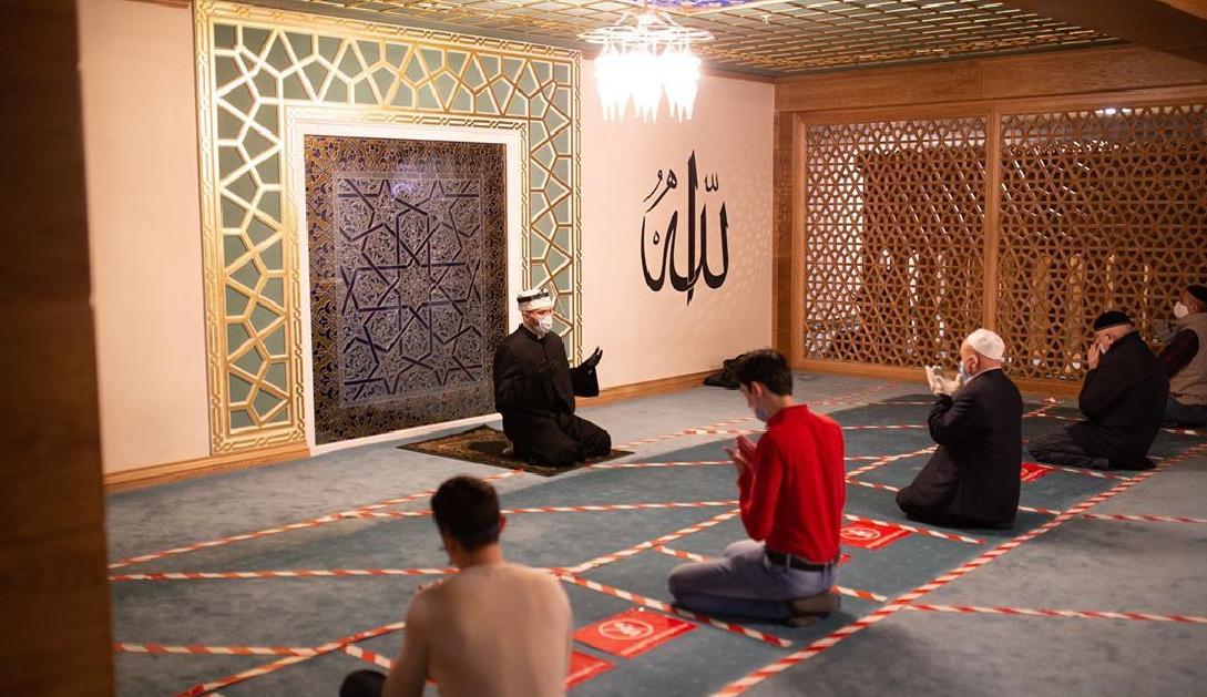 Masjid Agung Moskow.