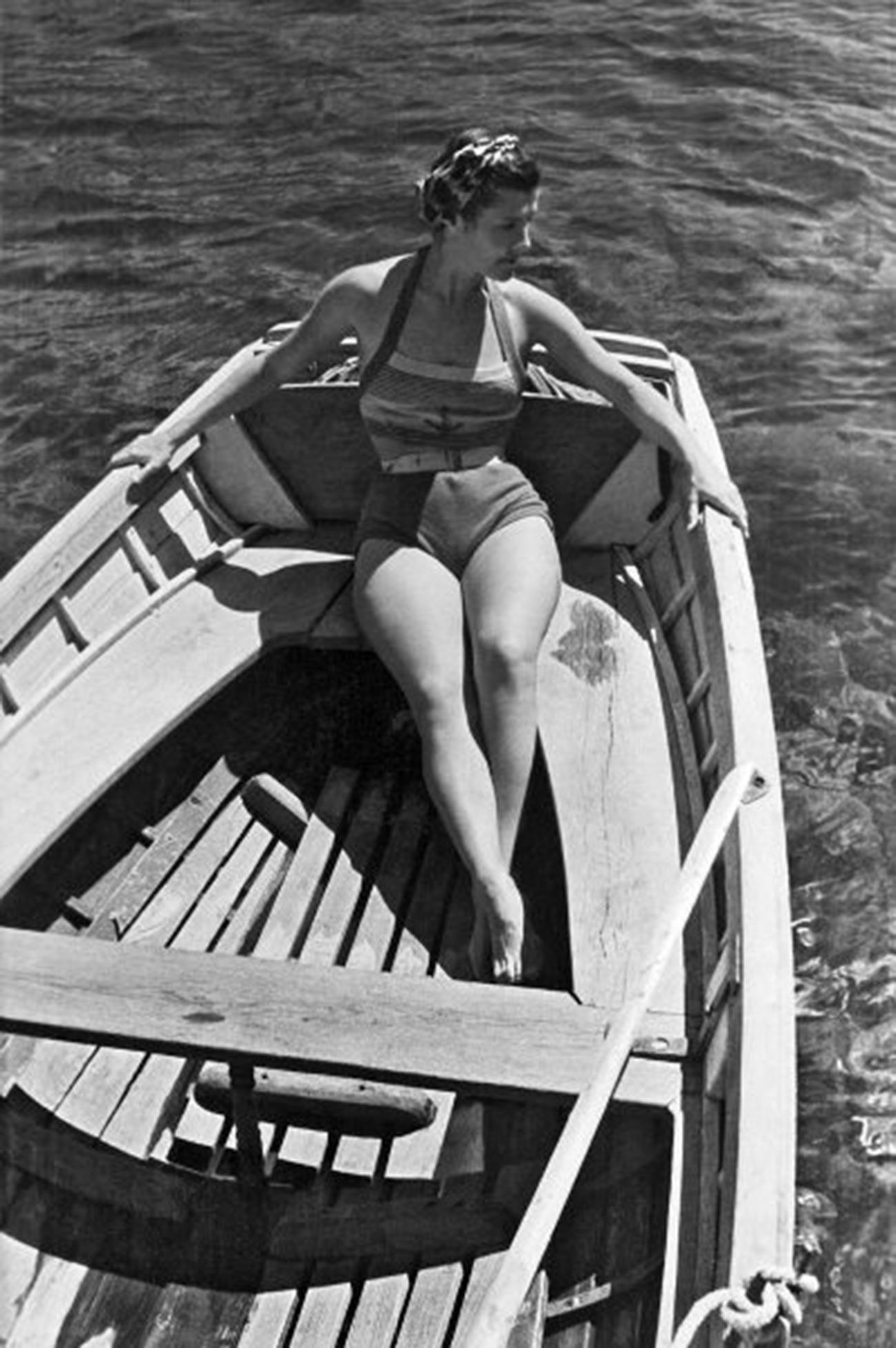 クリミアの休暇にて、1946年