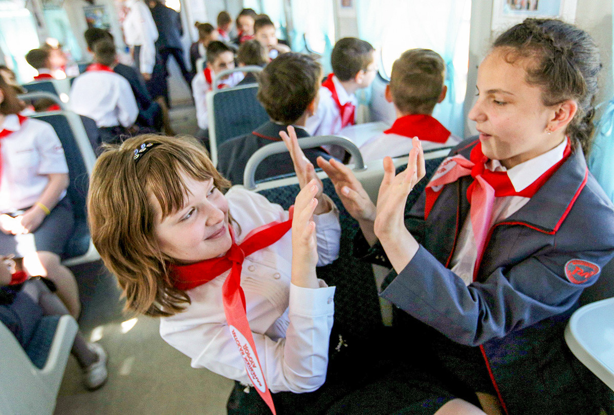 Отварање нове сезоне саобраћања возова на Московској дечијој железничкој прузи.