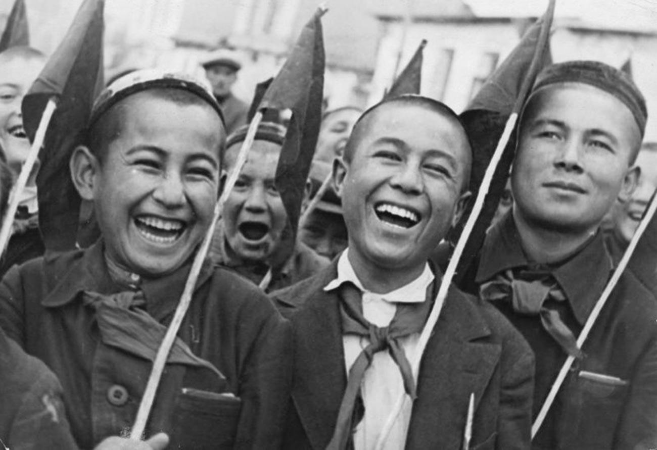 Pioniere. Usbekische SSR, 1930er Jahre