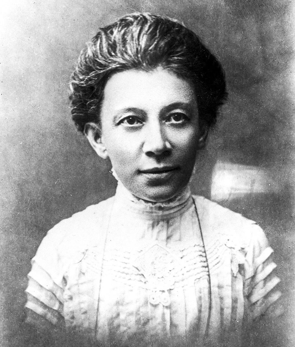 Anna Ulyanova-Yelizarova in 1910