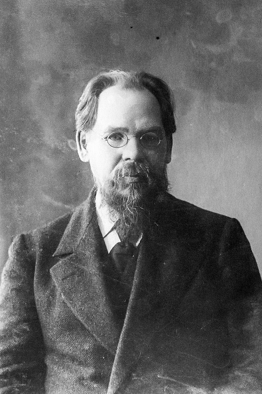 Mark Yelizarov in 1913