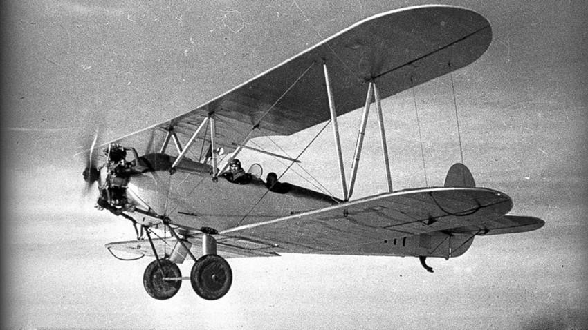 Os aviões Po-2 não deixavam os alemães dormir à noite.