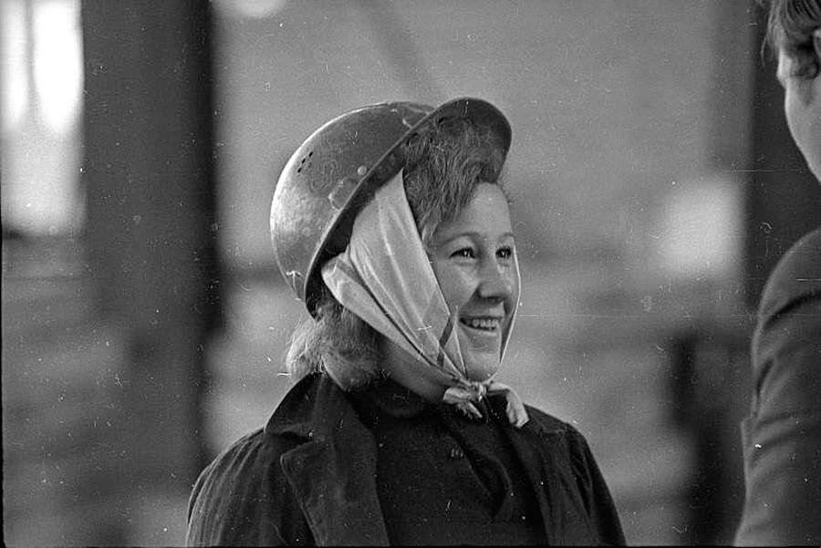 Женщина в цехе