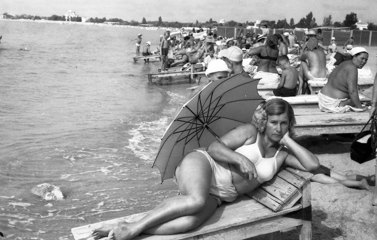 Em um resort na Crimeia, na década de 1950.