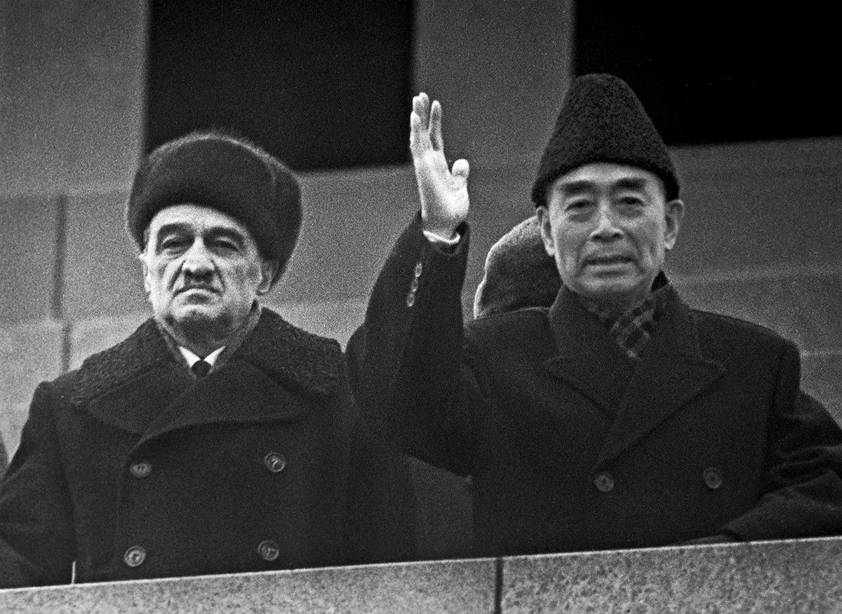 Zhou Enlai pictured right
