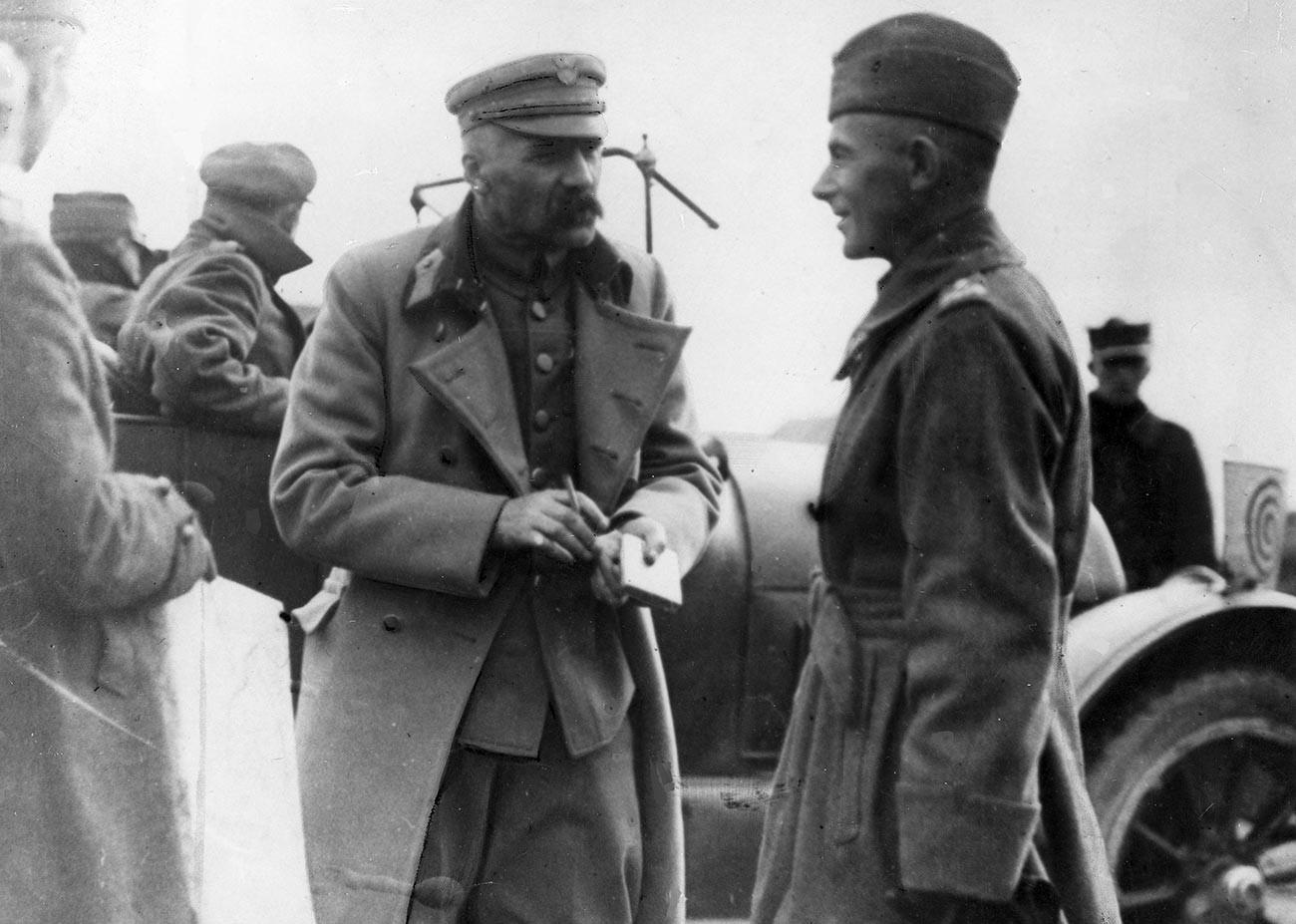Józef Piłsudski and Rydz-Śmigły.