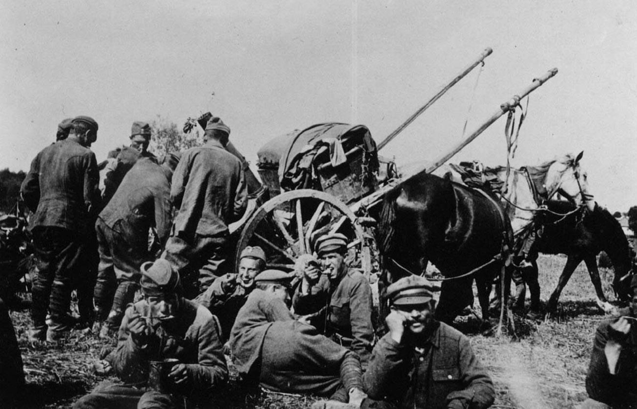 Des troupes polonaises pendant la bataille de Varsovie