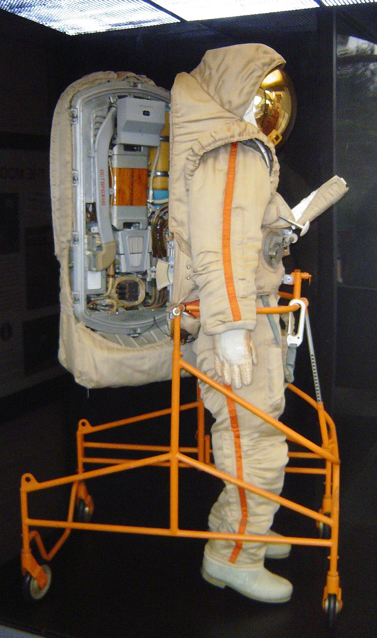 Krechet spacesuit
