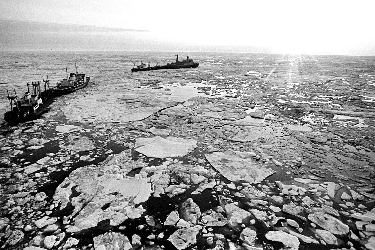 Karavan brodova u Moru Laptevih
