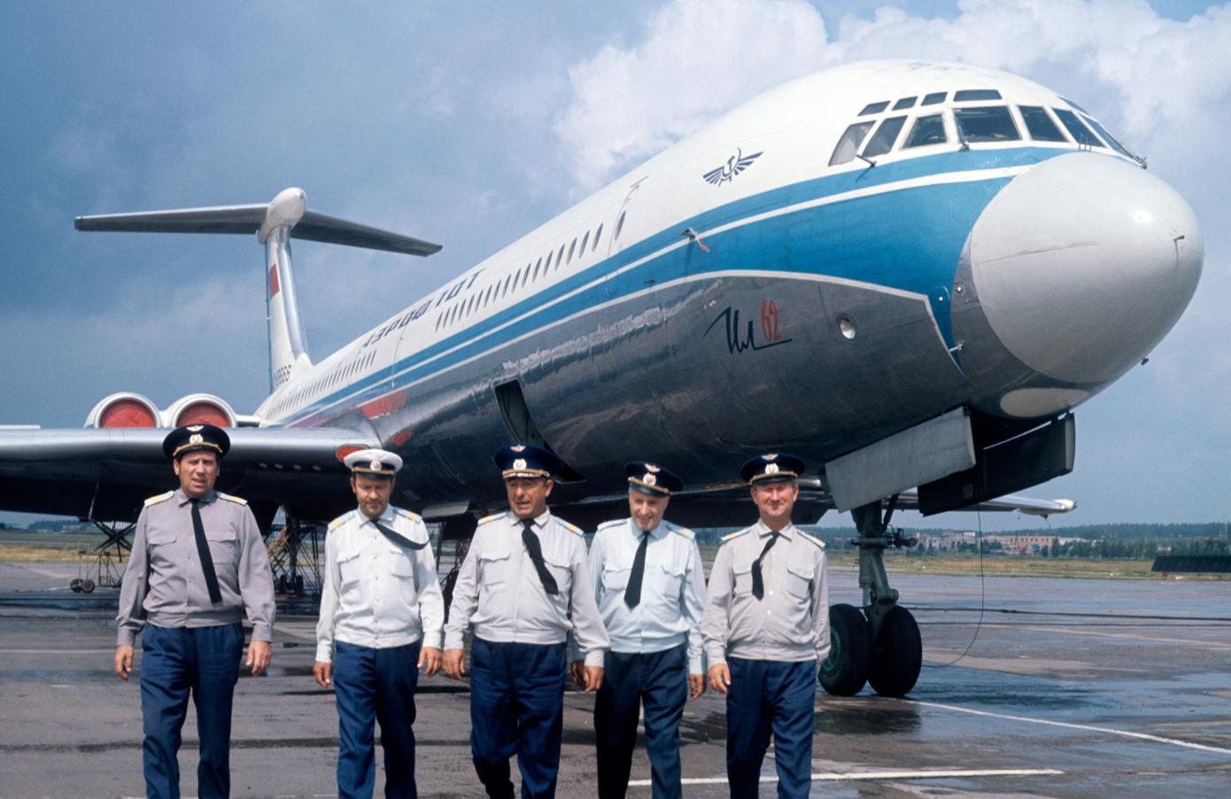 Posadka letala Il-62 na moskovskem letališču Domodedovo