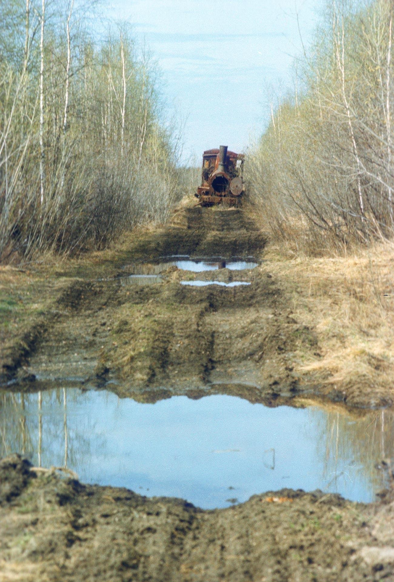 Campamentos, motores, puentes y otras cosas fueron abandonados en la tundra
