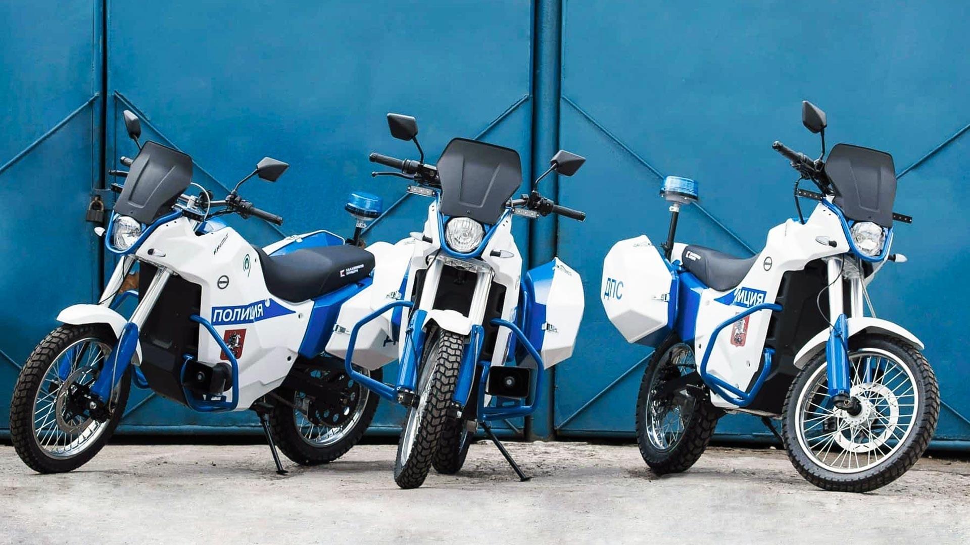 Električni motocikel IŽ Pulsar