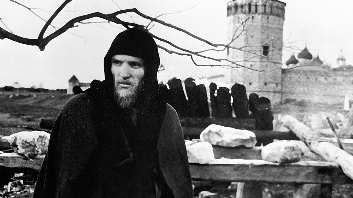 Анатолий Солоницин в ролята на Андрей Рубльов