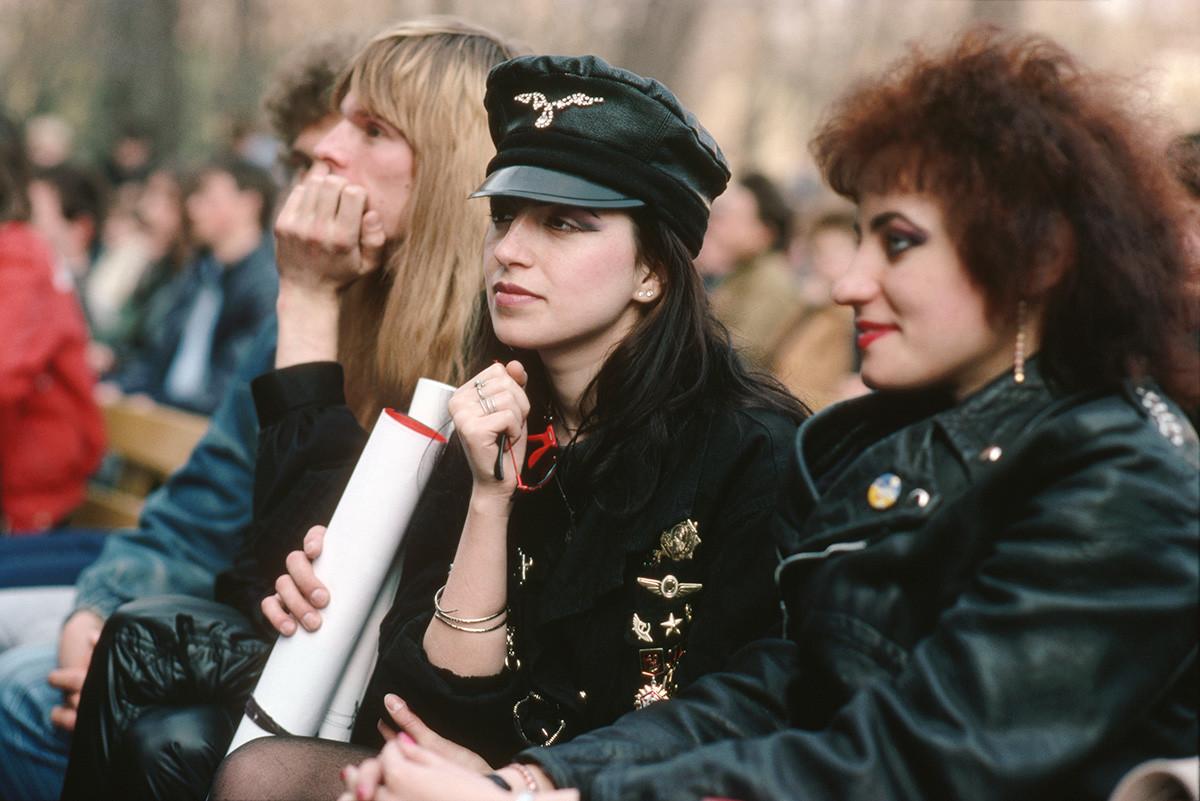Auf einem Konzert in Gorki-Park in Moskau, 1992