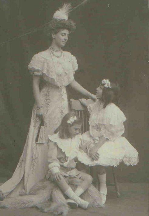 Isolina Moreno avec ses enfants