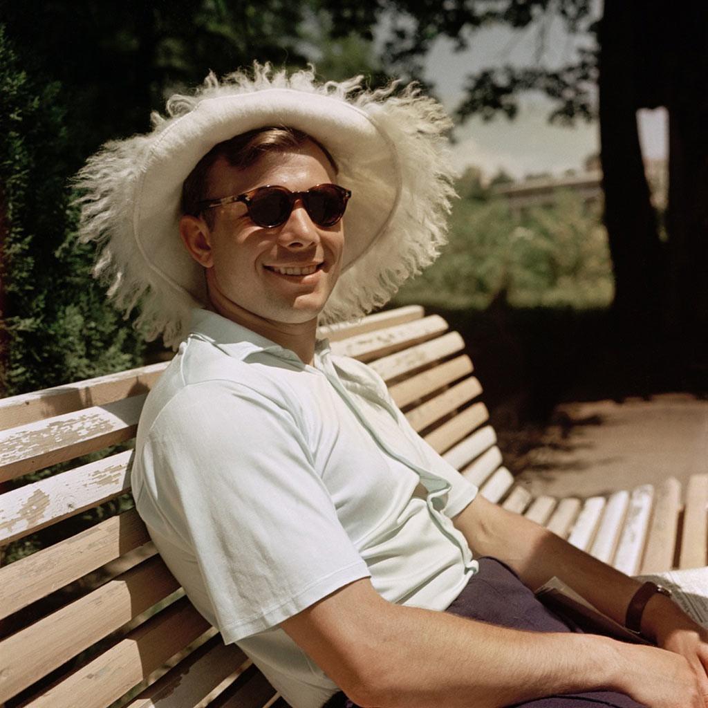 Le tout premier homme ayant effectué une odyssée spatiale, Iouri Gagarine, en vacances à Sotchi.