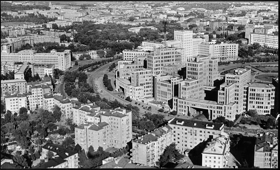 Carcóvia, 1957