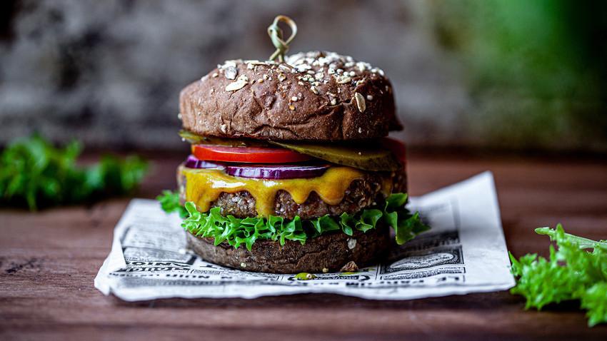 Zakaj je evropska ajda kot nalašč za pripravo burgerjev?