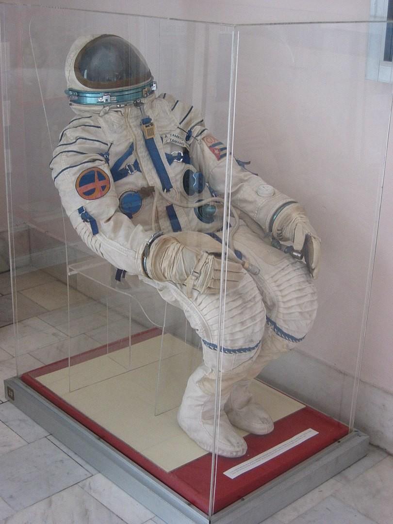 El traje espacial de Arnaldo Tamayo, expuesto en el Museo de la Revolución, La Habana, Cuba