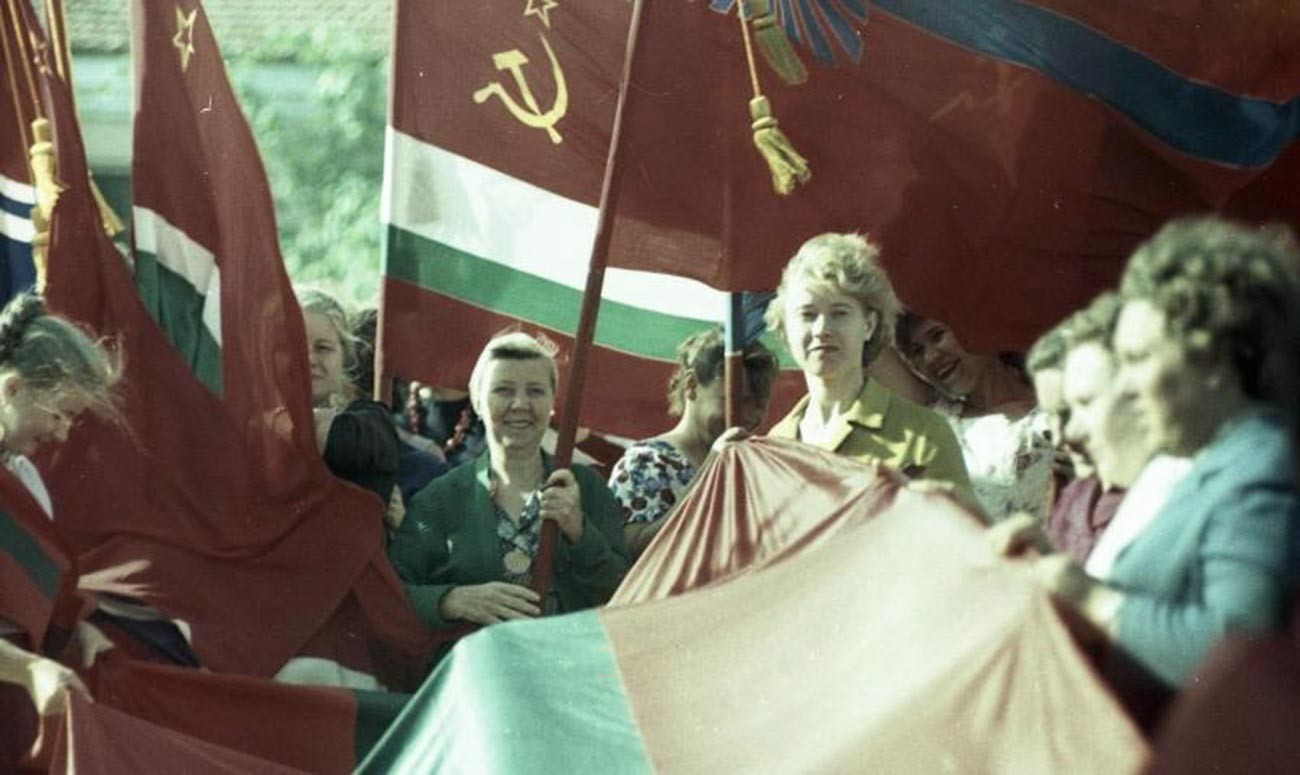 Public meeting in Tiraspol, 1964