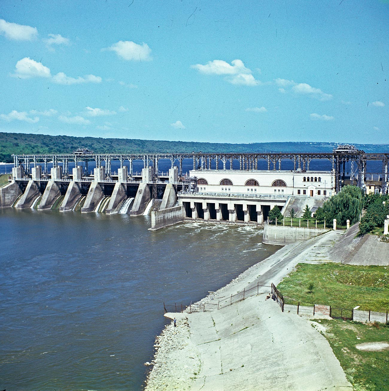 Central hidroeléctrica de Dubasari, 1980.